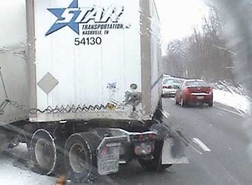 trucker manages to avoid a serious accident