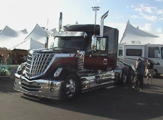 illist international show truck