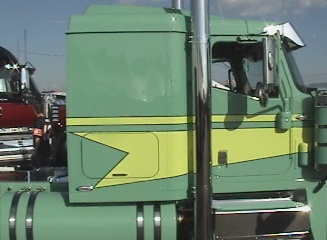 lean green internation big truck